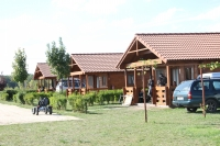 4 személyes faházak